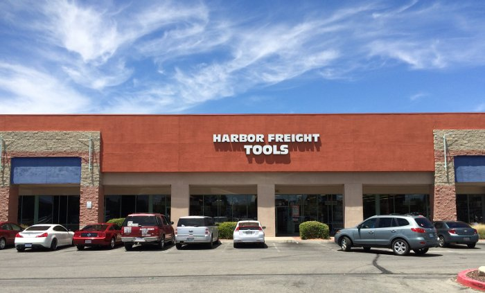 Harbor Freight Christmas Eve Hours.How To Shop For Dad An Homage To Harbor Freight